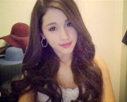 ariana grande 2013 red hair auto