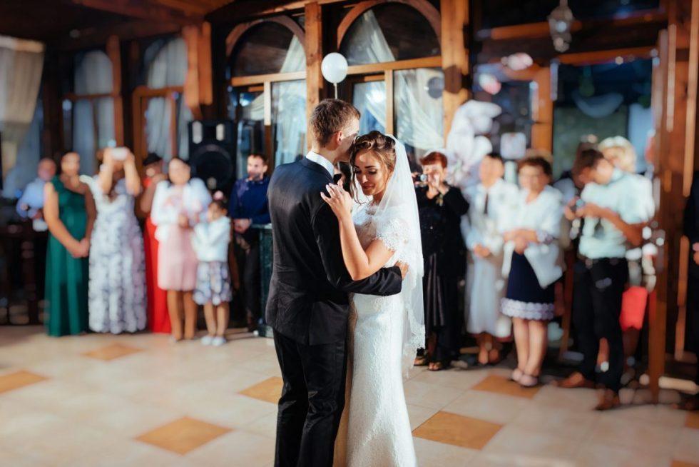 Canciones de boda imprescindibles ¡música maestro!