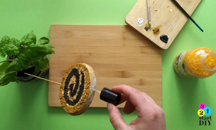Bombka ciasto makowiec