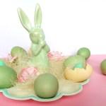Sprytne sposoby na barwienie jajek