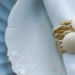 Obrączki na serwetki – morskie DIY z muszlami
