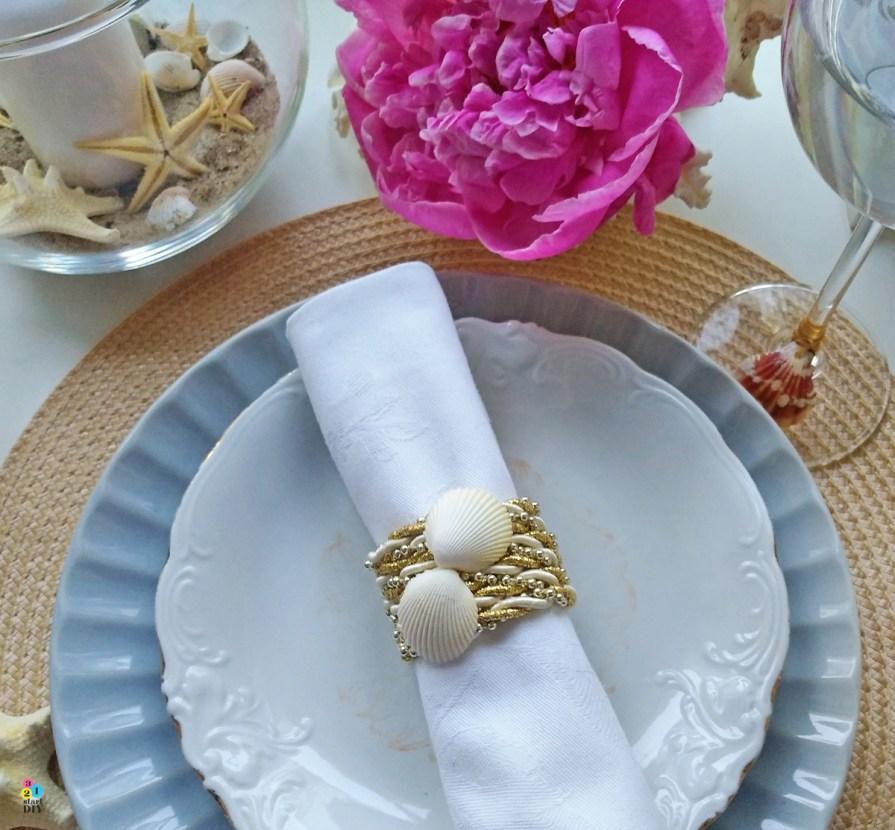 Obrączki na serwetki - morskie DIY z muszlami