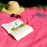 Okrągły koc na piknik i zieloną trawkę – bez szycia