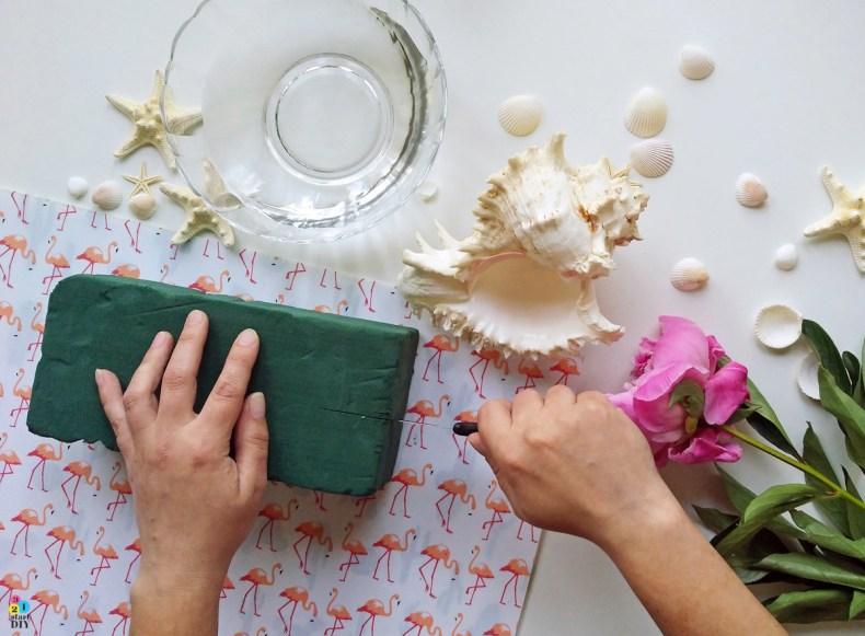Duża muszla jako wazon - morskie DIY