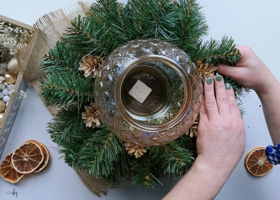 Jak zrobić stroik świąteczny na cmentarz