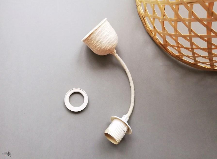 lampa DIY, klosz do lampy wiszącej, lamapa z kosza, który kupisz w JYSK
