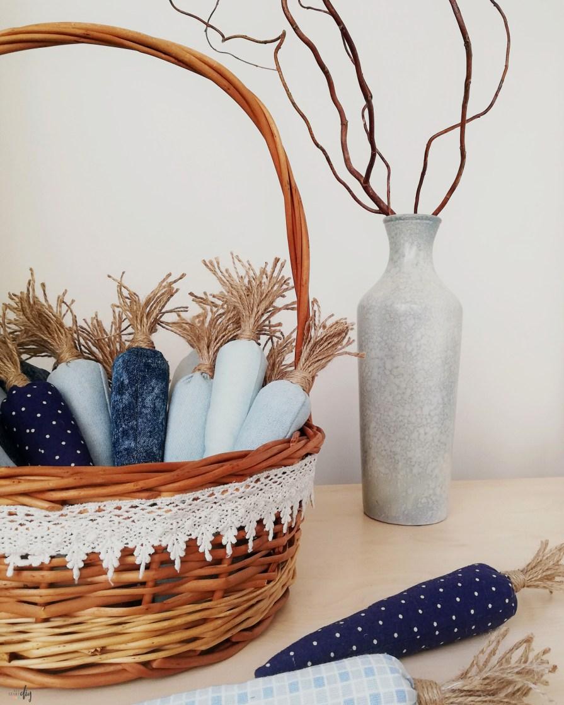 marchewki z materiału - szyte wielkanocne dekoracje