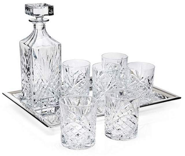 Father's Day Gifts: Godinger Dublin Diamond-Cut Crystal 8-Piece Whiskey Set
