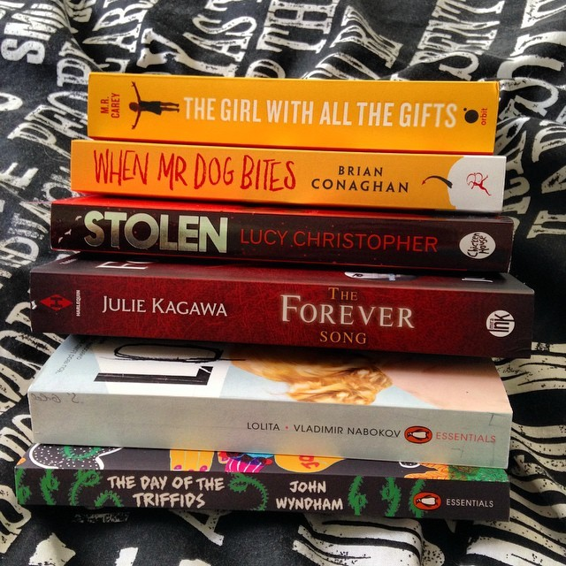 Treated myself to some books this week! Got the new paperback of When Mr.Dog Bites, a couple of the Penguin Essentials Collection, a bit of #UKYA and then a couple of newly released fantasy novels to keep me on my toes! :) <br /> The ones I am looking forward to the most are When Mr. Dog Bites & The Girl With All The Gifts :)
