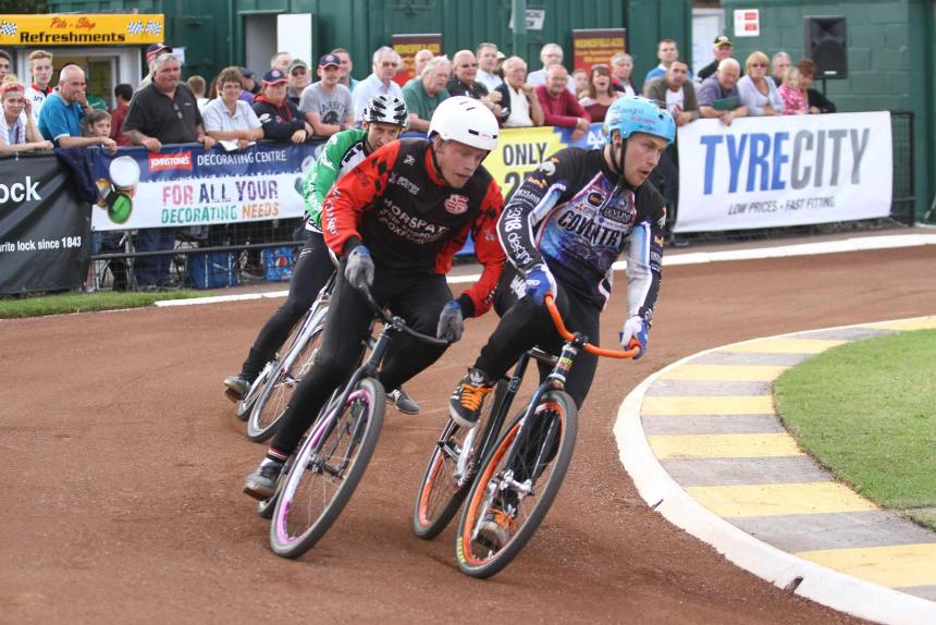 Zac in the 2015 World Final at Wednesfield. Picture by Peter Payne.