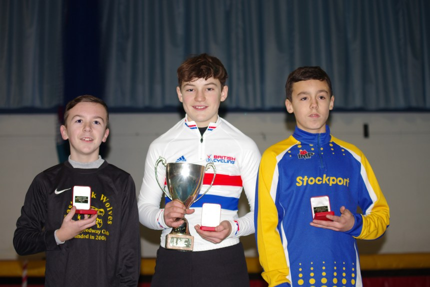 2015 British Indoor Under 13 champion Owen Tidball with runner up Louis Wright (right) and third placed Josh Whetton (left).