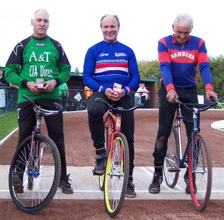 Top three riders in the 2004 British O-50's Individual Final, l-r: Frank Finnigan (A&T) 2nd; Fred Rothwell (Bury) 1st; Chris Riches (Hawbush) 3rd. Photo by Len Priestley.