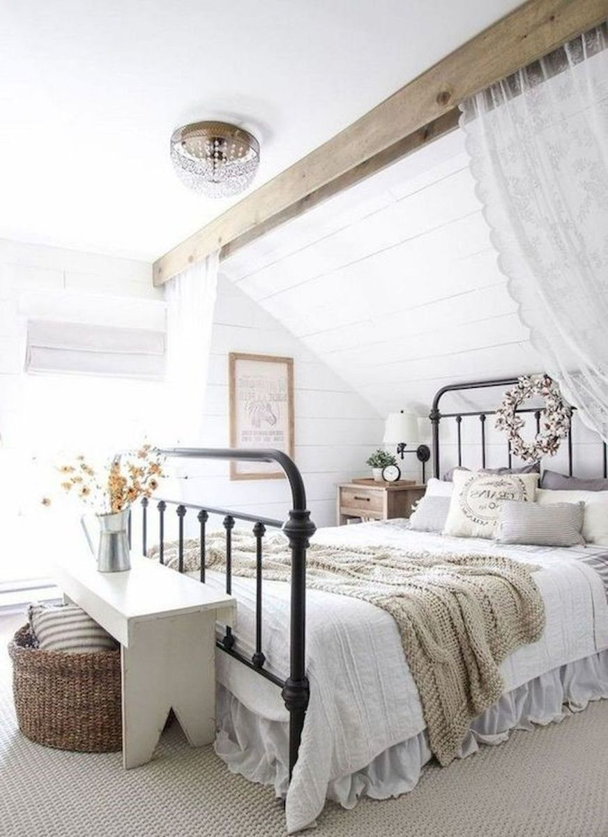 33 Ideas For Modern Farmhouse Bedroom (27)