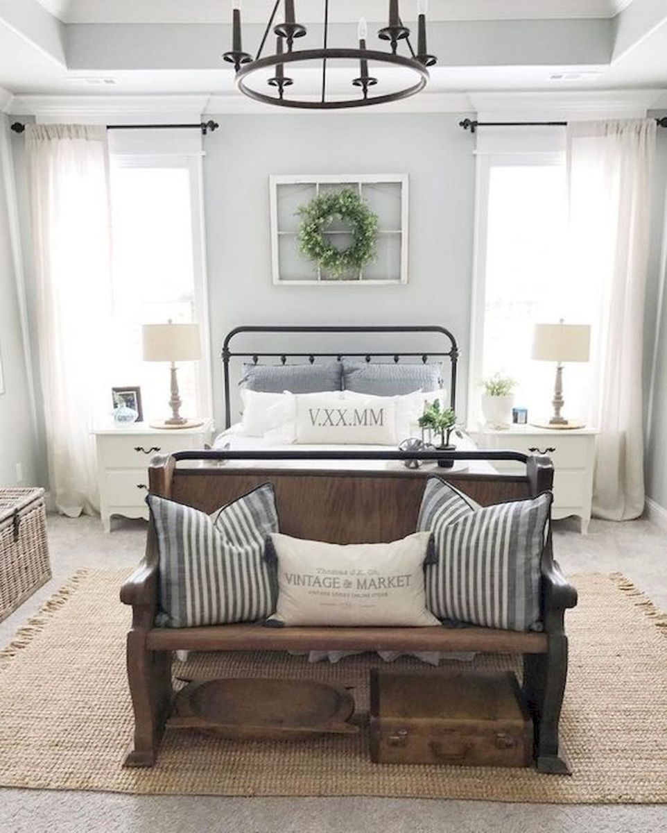 33 Ideas For Modern Farmhouse Bedroom (9)