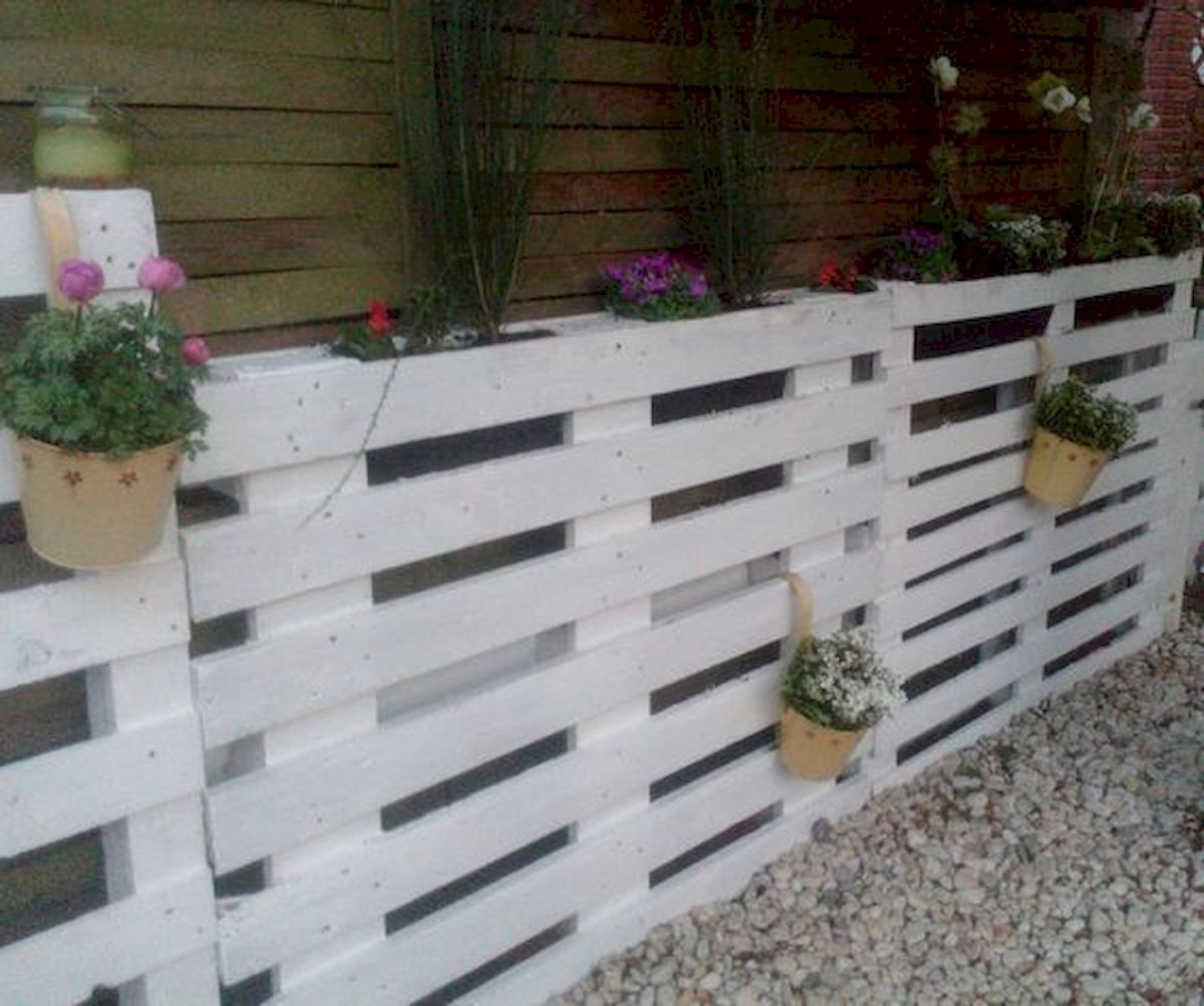 33 Ideas For Pallet Fence (12)