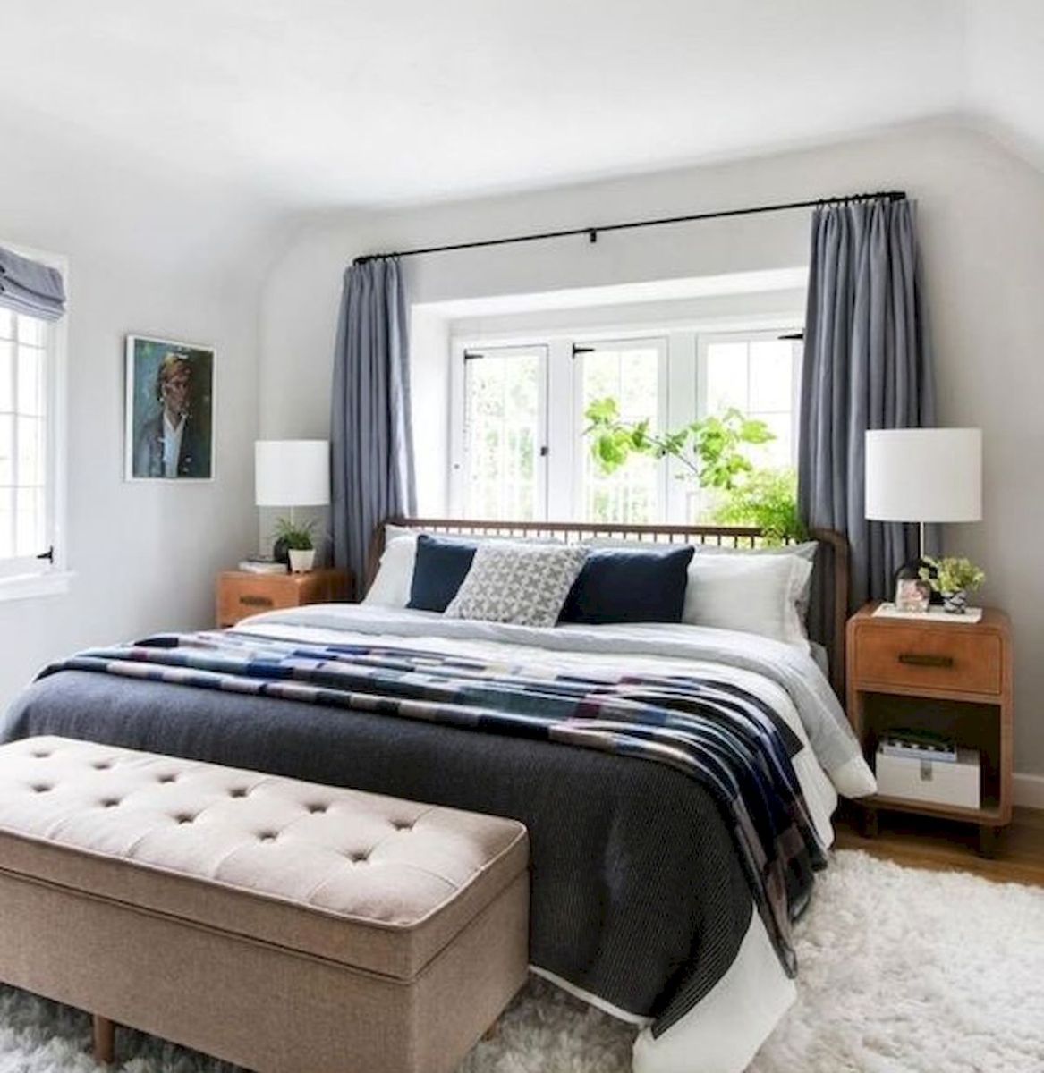 33 Ideas For Small Apartment Bedroom (15)