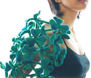 Body ornament / wool / 2005