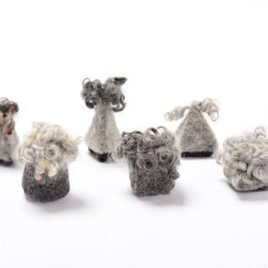 Brooch/ wool /2013