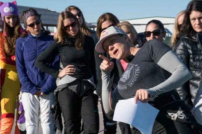 Amy Chmelecki organizing another world record