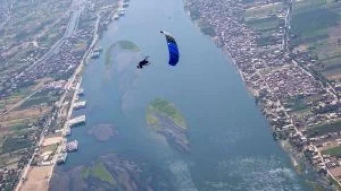 Water training skydiving