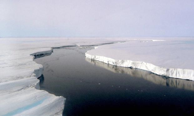 Massive Larsen Ice Shelf Predicted to Break Soon