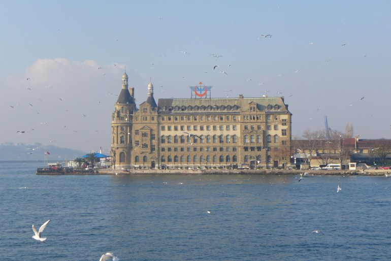 Haydarpaşa train station