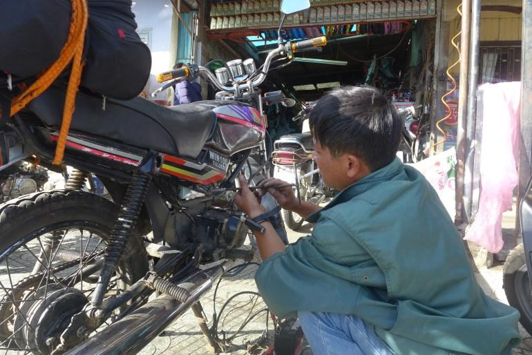 Replacing my signal relay in Dalat