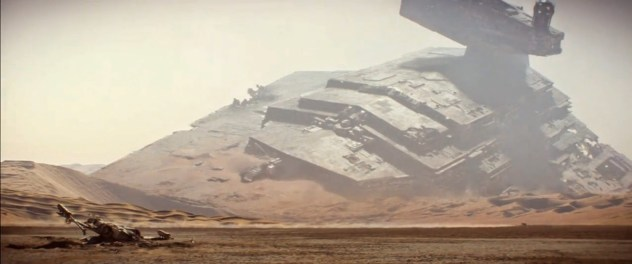 Star Wars VII-Force Awakens-Teaser 2-Star Destroyer Jakku
