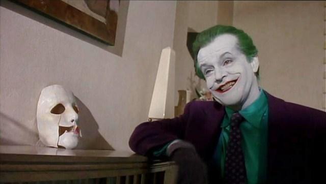 cuenta-atras-para-joker-el-mafioso-jack-frente-a-un-batman-gotico