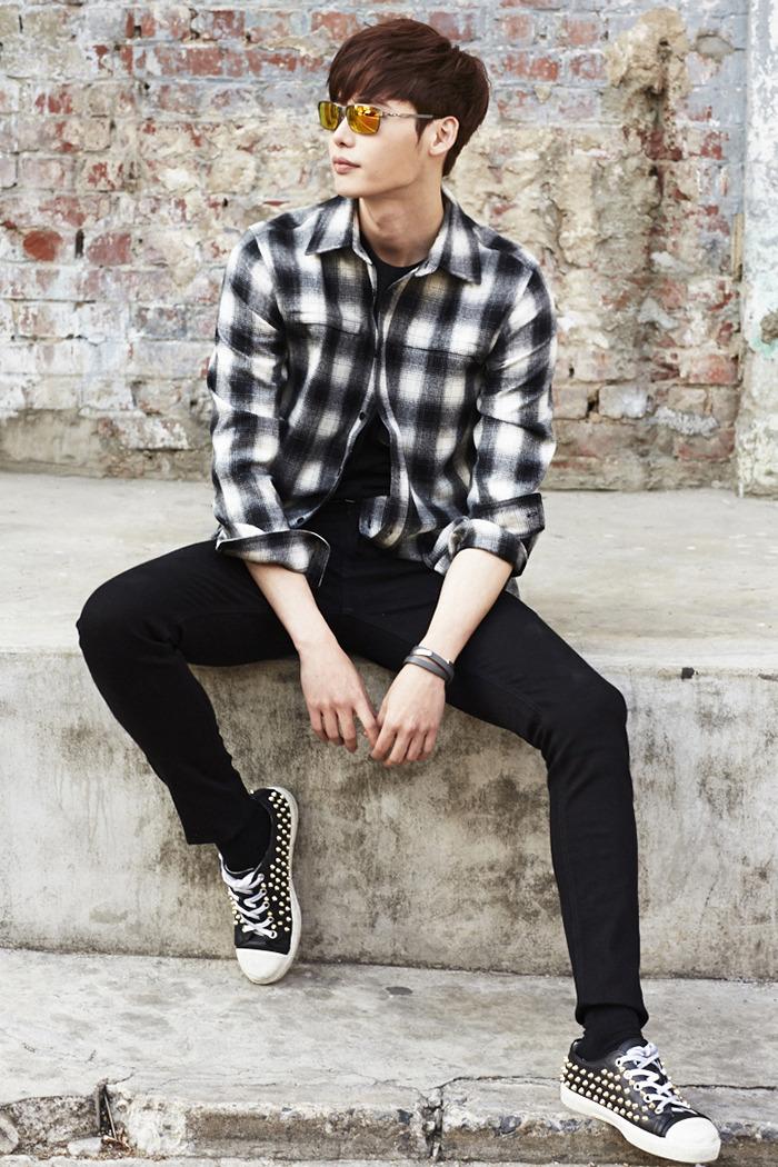 Lee Jong Suk - Oakley 2015