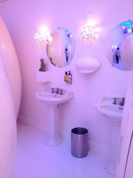 aesthetic pastel pink things places colours pale pretty place toilet bathroom ph thing aes cubicles felt ever bar raddest serum