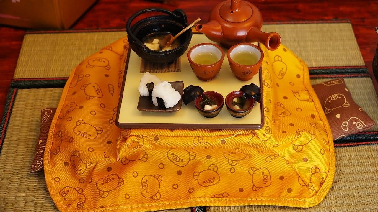 jesusrevels: Mini Food onigiri 食べれるミニチュア おにぎり:  http://www.youtube.com/watch?v=FfGE27RyMsk&feature=youtube_gdata