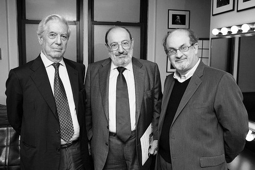 "Mario Vargas Llosa, Umberto Eco and Salman Rushdie, May 2008 -by Beowulf Sheehan For this meeting of ""The Three Musketeers"", go to PEN (include the audio of the event) thanks for this reminder to: entregulistanybostan: Trío de nobelizables: Vargas Llosa, Umberto Eco y Salman RushdieVia"
