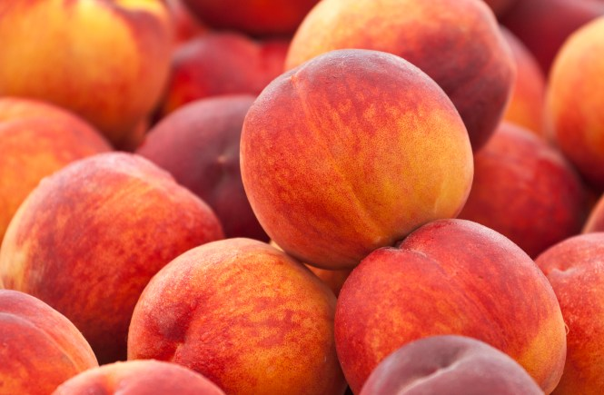 Family-Friendly-Stuffed-Peaches-Recipe-Bellevue-Washington