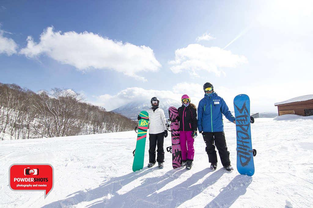 Take the hassle out of your first day on the snow with the Adult First Timer Pack