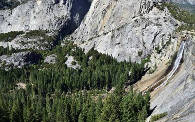 John Muir Trail: Day 1 — Out of the valley and into the woods