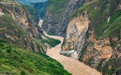Tiger Leaping Gorge — Complete Hiking Guide