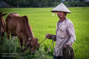 Vietnam Cowyboy Non la (The Three Most Important Rules In Photography)