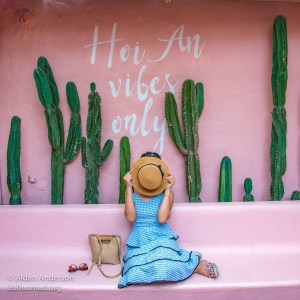Hoi An Vibes Only sign (10 Best Instagram Spots in Hội An Old Town)
