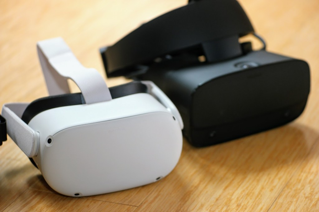 Oculus Quest 2 (left) and Rift S (right)