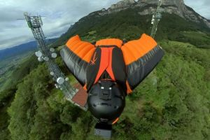 Wingsuit flying 360 shooter