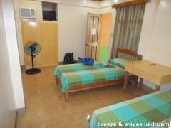 Breeze and Waves Resort - Bedroom