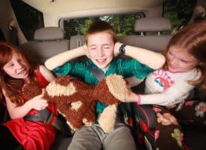 conseils pour voyager en voiture avec des enfants sereinement