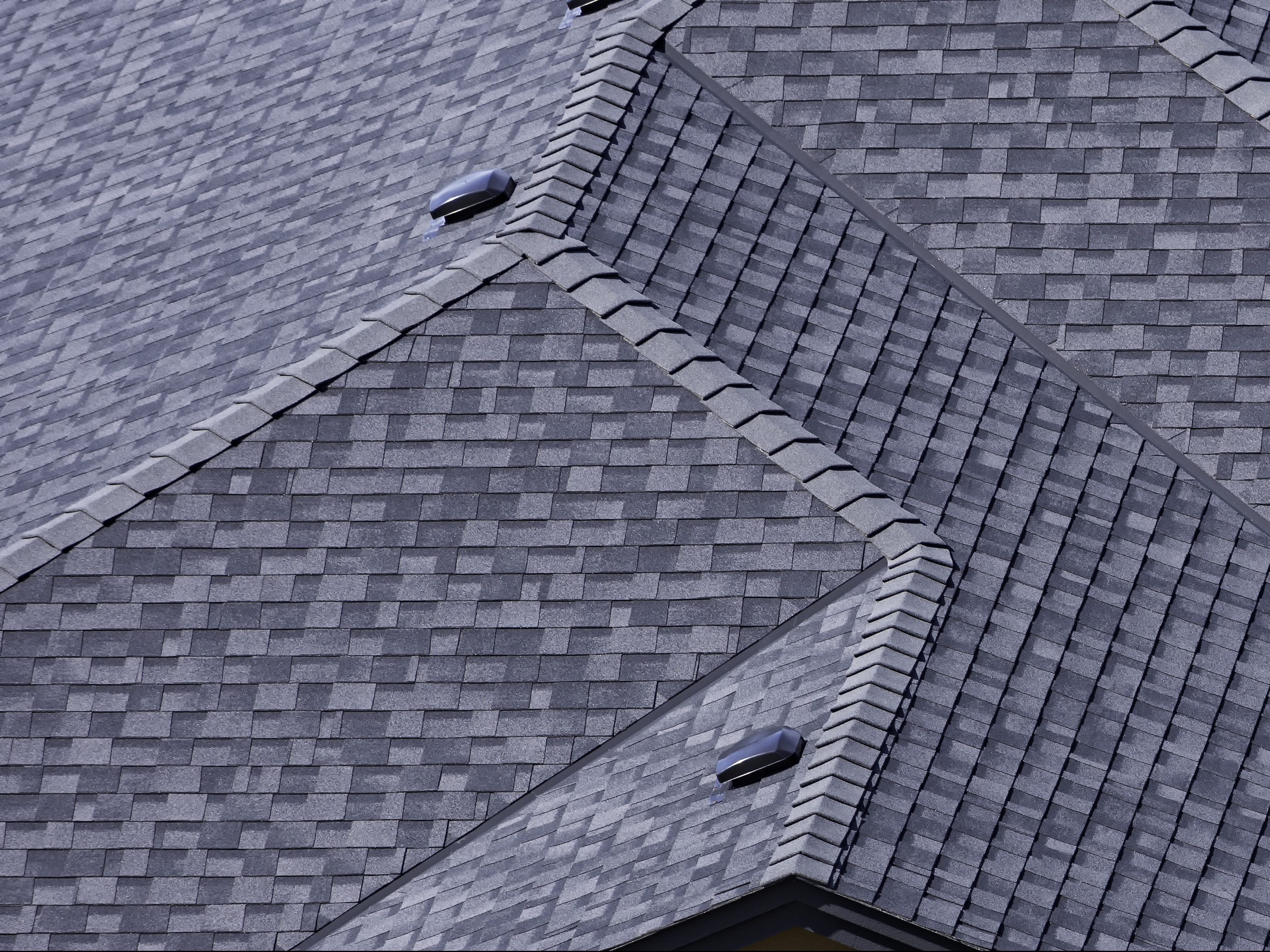 asphalt shingle residential roofer