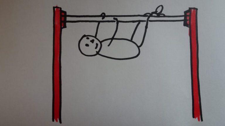 豚の丸焼きポーズで鉄棒に慣れよう 発達ゆっくりっ子の365日