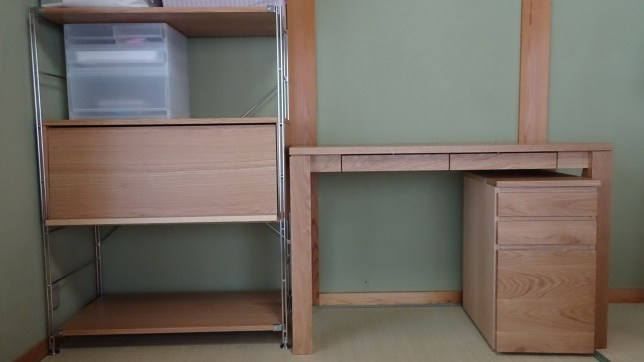 我が家の学習机&収納する棚