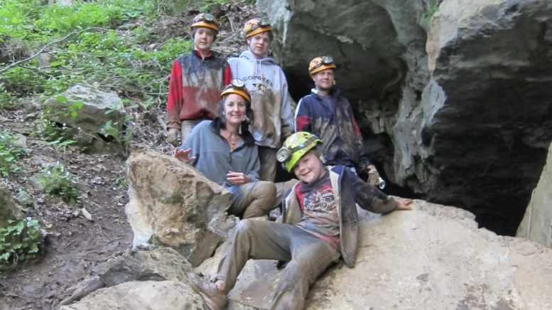 Caving in Georgia is messy business, which is one reason I love it!