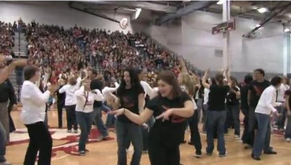Barrington High School Homecoming Teacher Flash Mob