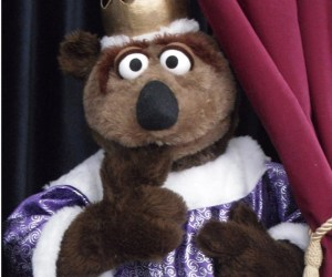 """121. Roz Puppets Perform """"The Emperor's New Clothes"""""""