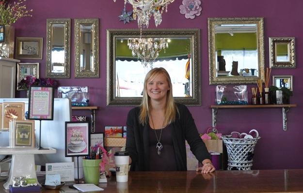 Angelina Owner, Katie Kuempel